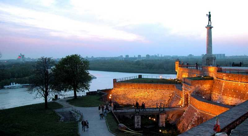 Belgrade-Kalemegdan-at-dawn